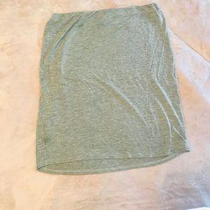 Cute gray bodycon skirt 😈
